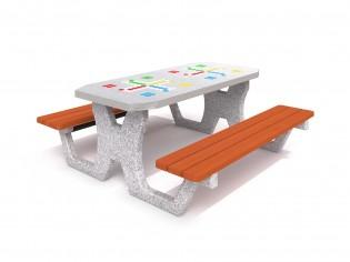 Betonowy stół do gry w chińczyka 02