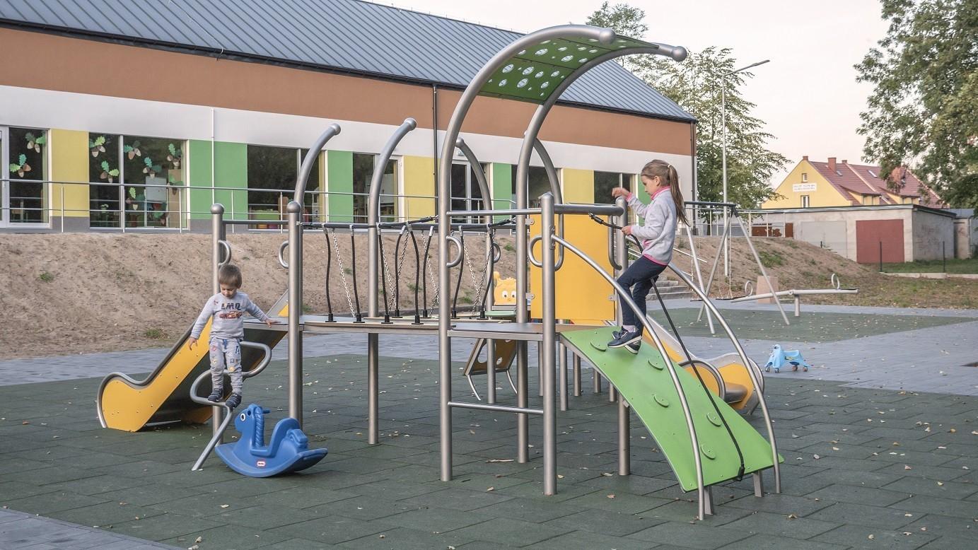 Play Park Blog Picture Plac zabaw metalowe, czego wymaga się od nowoczesnych placów zabaw?