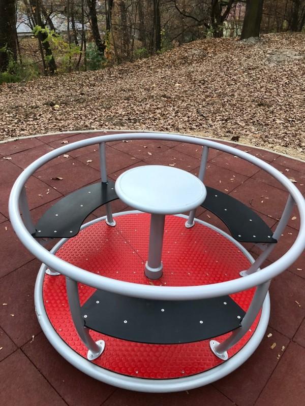 Plac zabaw Karuzela Tornado - 3 siedziska PLAY-PARK