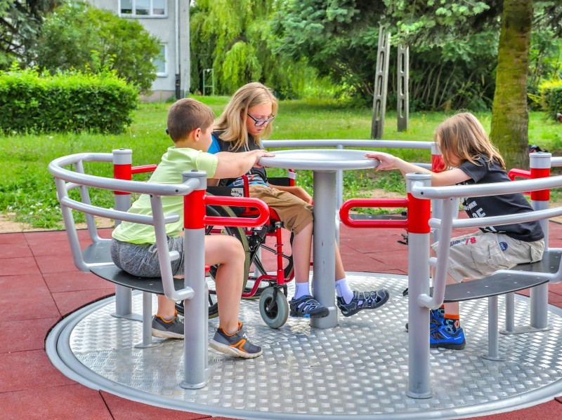 Plac zabaw Karuzela Yugo Play Park