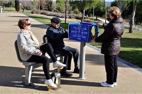 Plac zabaw Zestaw podwójny ławka z rowerkiem i tablicami do ćwiczenia pamięci 2   Play Park