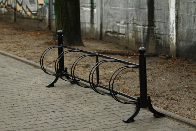Plac zabaw Stojak rowerowy żeliwny 01 PLAY-PARK