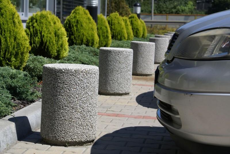 Plac zabaw Betonowy słupek parkingowy 01 PLAY-PARK