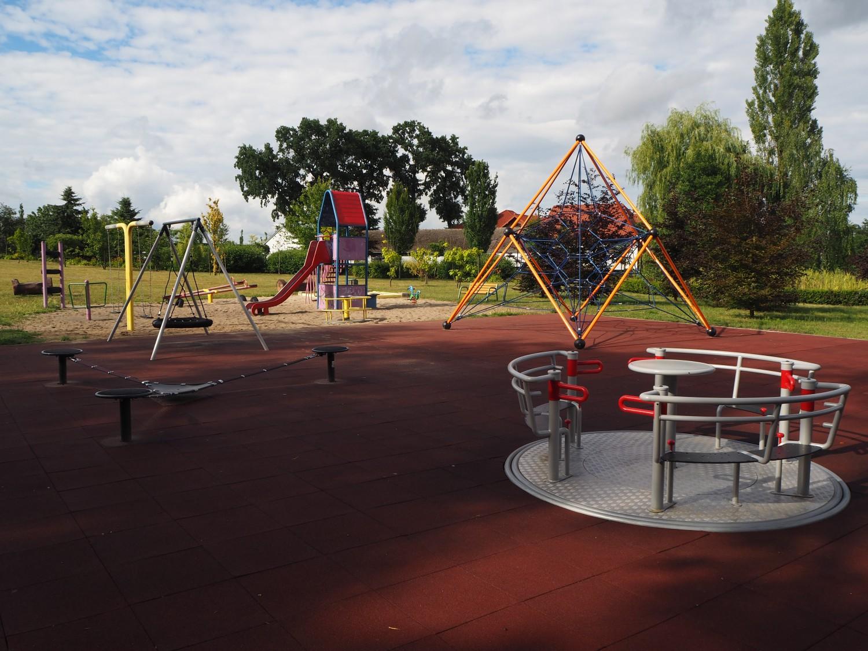 Play Park Blog Picture Wyposażenie placu zabaw w Kwidzynie - integracja czy to ważne?